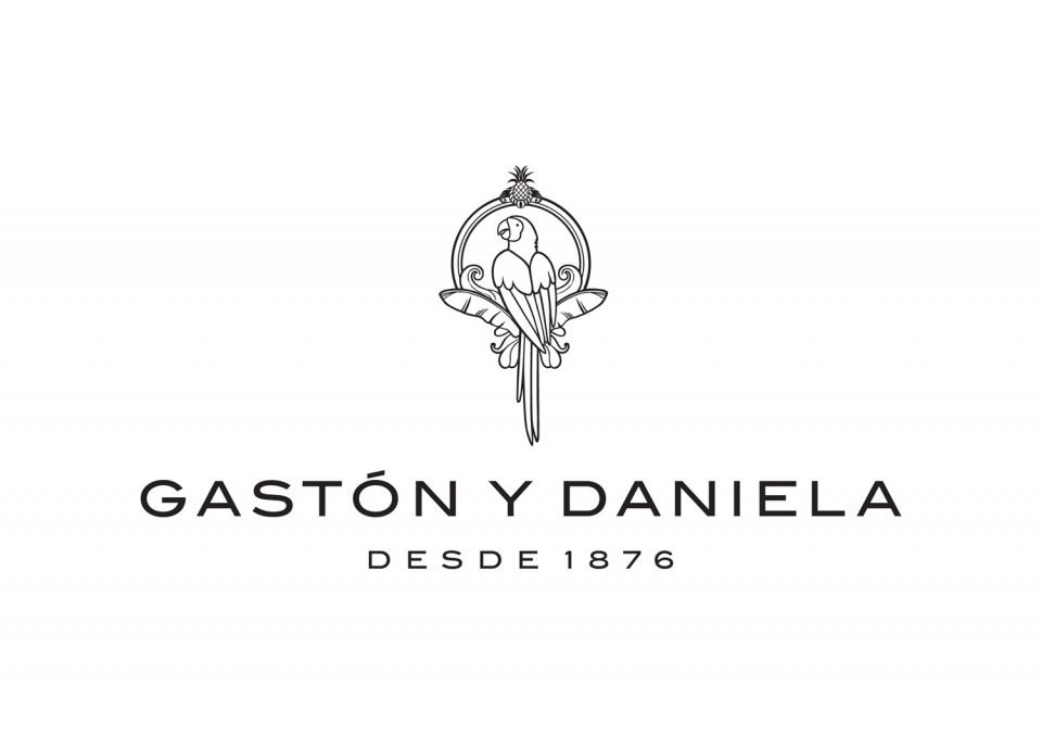 https://mikadesign.es/wp-content/uploads/2020/03/gaston-y-daniela.jpg